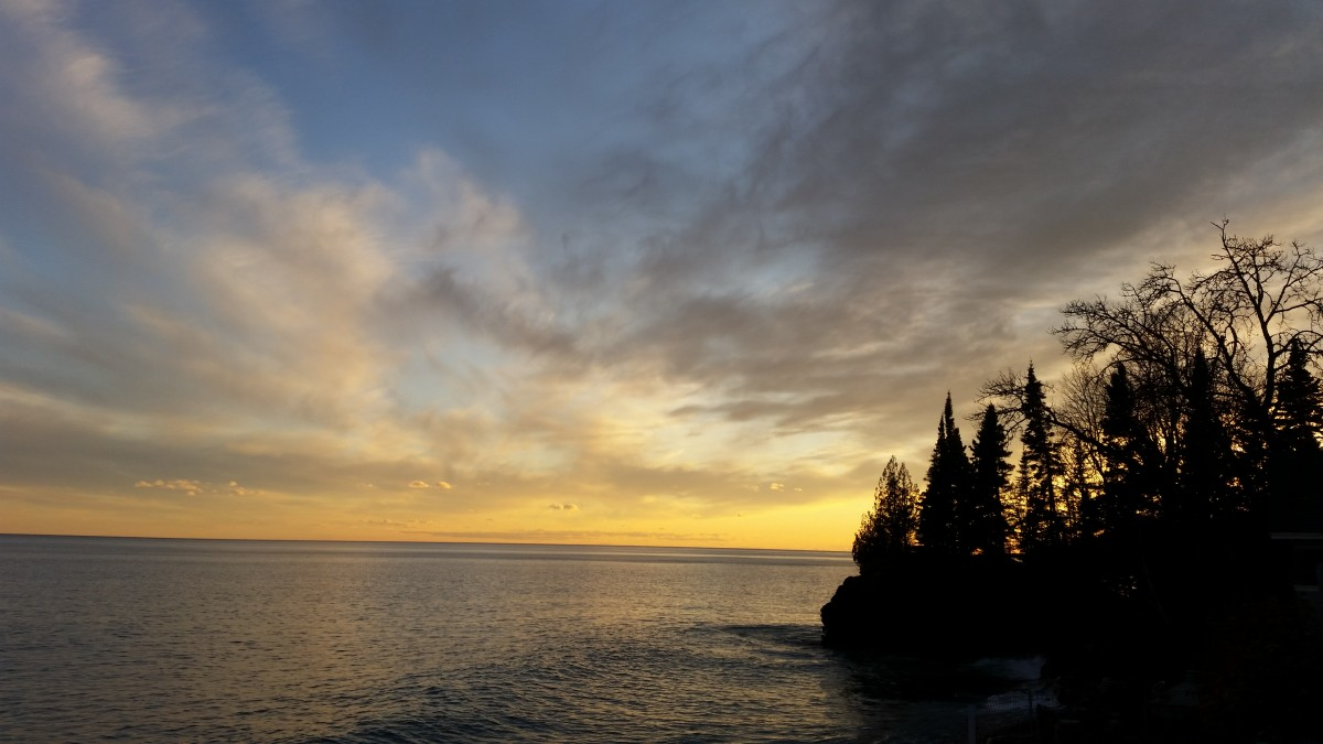 Lake_Superior_Emmie_Miller