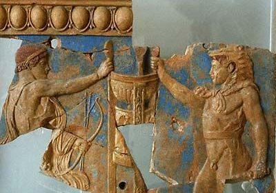 Herakles and Apollo 197fb640744fa94b0c19b2038d7de020--ancient-greek-art-ancient-greece